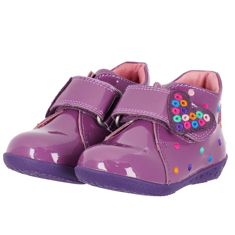 Лилави обувки за момиче със сърце  102132