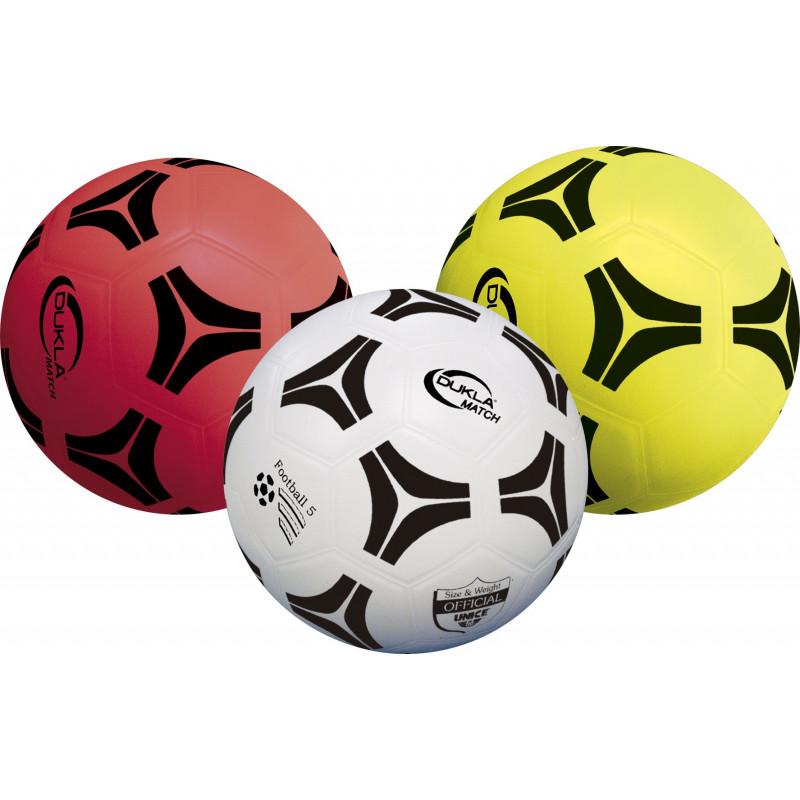Футболна топка от колекцията dukla match  1186