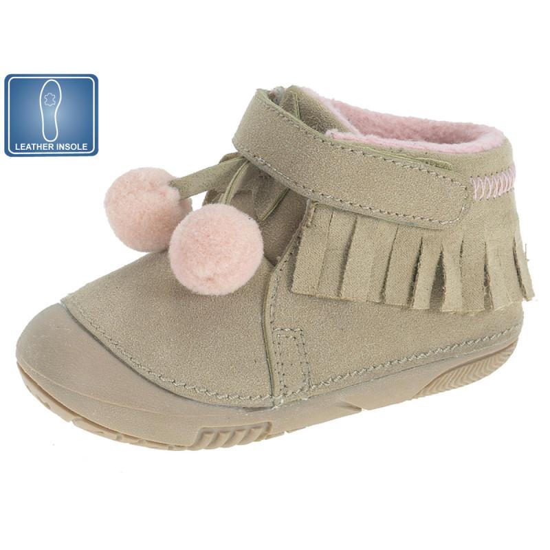 Обувки за бебе момиче с розови помпони  12215