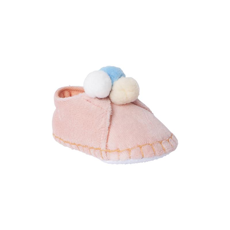 Меки обувки за бебе момиче с три помпончета  1543