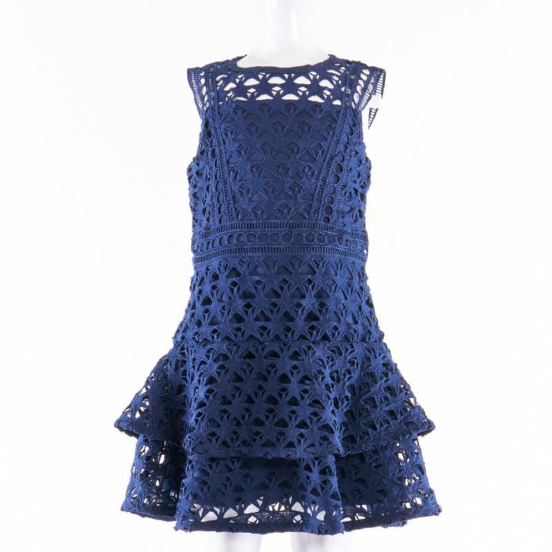 Официална рокля с презрамки и едра дантела  9724