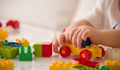 играчки според възрастта статия снимка (custom)